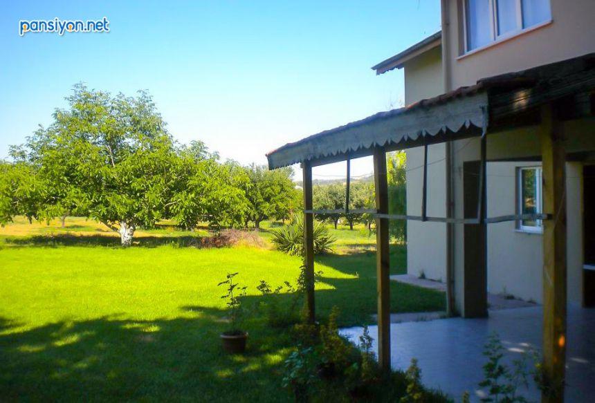Saklı Bahçe Apart Pansiyon