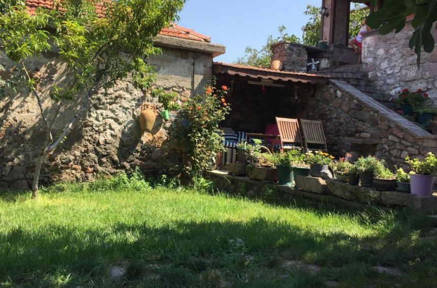 Stone House Natural Life